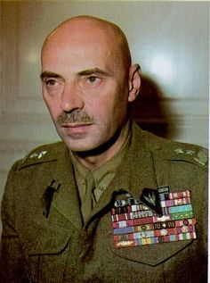 General Władysław Anders - commander of the Polish Corps in Italy capturing Monte Cassino. Poland Ww2, Poland History, Ww2 History, Italian Campaign, Central And Eastern Europe, Red Army, Second World, Armed Forces, World War Two