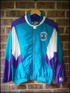 Vintage 90 s Starter NBA Charlotte Hornets Lightweight Windbreaker Jacket -  Size Medium 8a54cea39