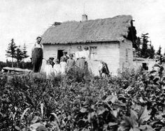 Ukrainian home, Malonton, Manitoba circa 1915 History Historic Historical Photos Photographs Pics Pictures Vintage Old West Canadian Settlement Prairies Ukraine Canada Vintage Photographs, Vintage Photos, All About Canada, Immigration Canada, One Wave, Canadian History, Red River, American Country, Historical Photos