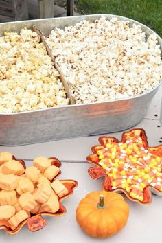 Take a look at this amazing fall harvest party! The popcorn and candy is awesome! See more party ideas and share yours at CatchMyparty.com Harvest Birthday Party, Bonfire Birthday, Fall Harvest Party, Pumpkin Birthday Parties, 8th Birthday, Birthday Ideas, Fall Party Themes, Fall Party Foods, Fall Birthday Decorations