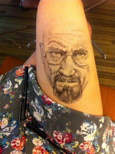 Jody Steel e i disegni con il pennarello sulle sue gambe. Walter White - Breaking Bad