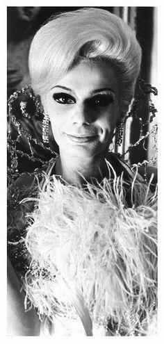 PUTICLUB Q.: Diane Arbus