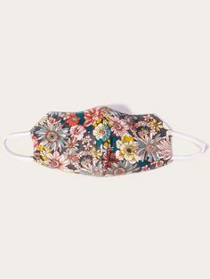 Best Face Mask, Face Masks, Protective Mask, Fashion Mask, Ditsy Floral, Heart Patterns, Interesting Faces, Keep Warm, Soft Colors