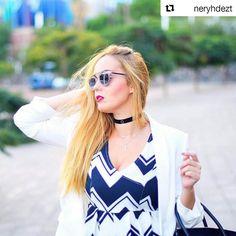 Hoy Nery nos presenta su #outfit basado en el #estilo #choker nuevamente de #moda. Además lo complementa con una fantasticas #gafasdesol #dior con que ponen la guinda a su #look ! #tendencia #fashion #gafas #estilo #sol #elegante #ootd #megusta  Today our #blogger Nery presents us an #outfit based on a Choker #style which is in #trend again. She also adds a pair of @dior #sunglasses which are the icing on the cake! #glasses #sun #elegant #trendy #style #iggers #like #share