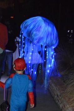 Coolest Breathing Jellyfish Costume | Coolest Homemade Costumes | Pinterest | Jellyfish Costumes and Website & Coolest Breathing Jellyfish Costume | Coolest Homemade Costumes ...