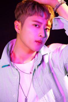 Pinterest// jiminsgirll 💦 K Pop, Kard Bm, Korean Pop Group, College Boys, Bias Kpop, Dsp Media, Joker, Straight Guys, Korean Music