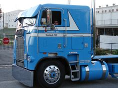 Freightliner cabover photo collection : big rig nostalgia, See our gallery of freightliner cabover pictures and learn more about the rise and fall of this popular, nostalgic model of semi truck. Description from goautozone.com. I searched for this on bing.com/images