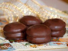 Čokoládové perníčky - Mäkučké perníčky v čokoládovom kabátiku…