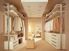 Walk-in closet - smart decision for modern houses. Tips on setting up a walk in closet: lighting, color palette, mirrors, decor, etc. Ikea Closet Design, Walk In Closet Design, Bedroom Closet Design, Master Bedroom Closet, Wardrobe Design, Closet Designs, Master Bath, Bathroom Closet, Dream Bedroom