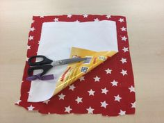 How to Make a Marabou Pencil Case. Sewing Projects, Pencil, Gift Wrapping, Tableware, Medan, How To Make, Nailart, Fur, Makeup