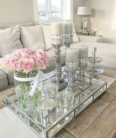 Ideas For Diy Wood Sofa Table Pillows Interior Design Living Room, Living Room Designs, Living Room Decor, Glamour Living Room, Wood Sofa Table, Rose Candle, Decorating Coffee Tables, Tray Decor, Living Room Inspiration
