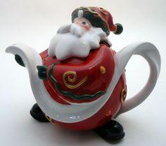 Santa Claus Christmas teapot with Santa's long list curving forming the handle and spout Christmas China, Christmas Dishes, Christmas Tea, Teapot Design, Cute Teapot, Teapots Unique, Teapots And Cups, Pot Sets, Chocolate Pots