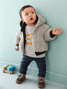Wendbare Kapuzensteppjacke.   #vertbaudet #Herbst #Winter #2015 #Kinderkleidung #Babymode
