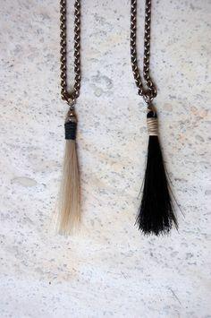 boet horsehair tassel at una