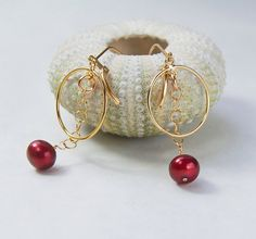 Cranberry Pearl Earrings . Gold Circles . by MalibuJewel on Etsy