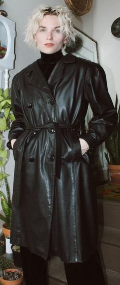 Long Leather Coat, Vintage Leather, Mistress, Short Hair Styles, Turtle Neck, Shirt Dress, Latex, Jackets, Shirts