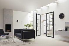 Skantrae SlimSeries deuren van hout om tussen de keuken en zithoek te plaatsen.