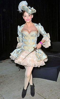 Rose McGowan - Celebrity Halloween Costumes - Celebrity Halloween Costumes | InStyle UK