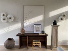 A Lesson in Styling. Minimalist House Design, Minimalist Home, Console Shelf, Green Lamp, Furniture Board, Low Stool, Hamptons House, Hallway Decorating, New Room