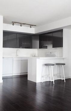 ST LAWRENCE #raddedsign #raddesigninc #interiordesign #architecture #design #modernloft #loft #moderndesign #modernkitchen #kitchen