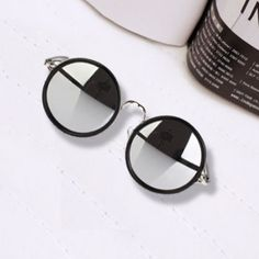 ccef43cc636 Rimyrah Silver Mirror Vintage Round Frame Sunglasses Girl With Sunglasses