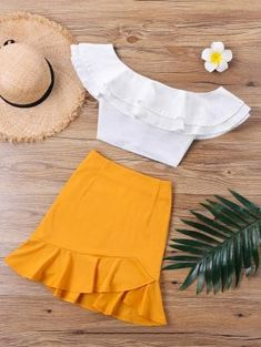 4 Beach Outfit Trends You Don't Want To Miss This Summer Cute Summer Outfits, Spring Outfits, Trendy Outfits, Summer Dresses, Dresses Dresses, Sleeve Dresses, Mini Dresses, Kohls Dresses, Beach Outfits