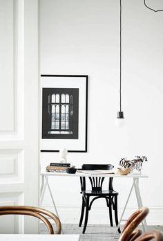 Stylish black and white home - via Coco Lapine Design