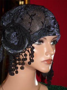 1920s Hat Flapper  Black  Silver Metallic Cloche by ludascrafts