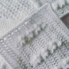 Scheepjescal in wording! #scheepjescal2016 #crochetblanket #cal2016 #cal #crochet #haken #brocantestyle #landelijkwonen #shabbychic #haakverslaafd #instacrochet #crochetersofinstagram #hekle #yarn #yarnporn #yarnaddict #white #hakeniship #weekend #diy #handmade by sanshuisje