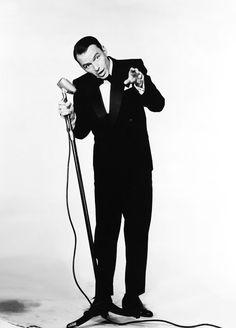 Frank Sinatra as Joe E. Lewis in The Joker is Wild (1957)