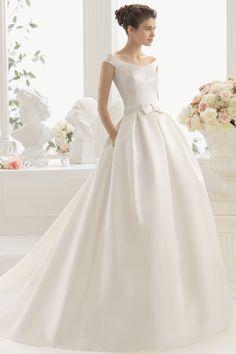 Robes de mariée Aire by Rosa Clara Versailles