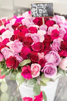 A romantic assortment of pink and red roses in Paris. <3