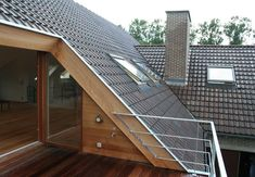 Furnishing the attic of an existing home in Zwijnaarde - Projects - WOW ., Furnishing the attic of an existing home in Zwijnaarde - Projects - WOW Architects - architecture & interior - in Ghent. House Roof Design, Roof Terrace Design, House Extension Design, Balcony Design, Attic Bedroom Designs, Attic Design, Attic Rooms, Attic Renovation, Attic Remodel