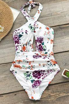 CUPSHE Womens Azure Sea Halter Bikini Set Beach Swimwear Bathing Suit