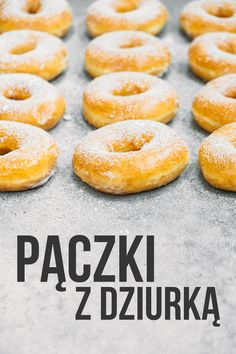 Przepis na pyszne pączki z dziurką - DomPelenPomyslow.pl Doughnut, Hamburger, Sweet Tooth, Peach, Bread, Candy, Cookies, Food, Polish