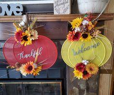 Harvest Decorations, Centerpiece Decorations, Autumn Centerpieces, Thanksgiving Diy, Thanksgiving Decorations, Autumn Crafts, Holiday Crafts, Halloween Wood Crafts, Sunflower Crafts