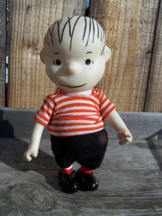 Retro Toy 1966 Pocket Doll Peanuts Linus Vinyl Doll