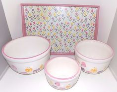 Set of 3 Nesting Tulip Mixing / Serving Bowls with Serving Tray