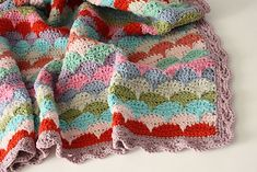 Baby Clamshell Blankie by CherryHeart on Ravelry