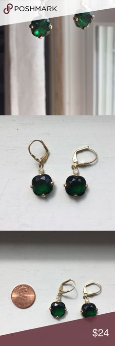"""🌷Beautiful vintage BR green earrings Just so pretty, gorgeous green with crystal stone above and decorative front 1 1/4"""" from top to base, for pierced ears Banana Republic Jewelry Earrings"""