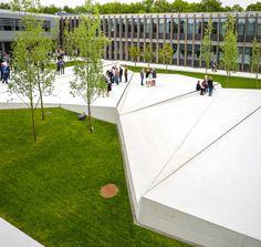 Grønnegården in Herning (Denmark). By Schonherr Landscape Architects.