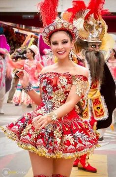 Carnival Girl, Carnival Outfits, Carnival Costumes, Costumes Around The World, Festivals Around The World, Corsets, Native Wears, Culture Clothing, Belly Dancers
