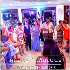 Dancefloor moment from the Wedding of Aneta & Marcus in #Santorini | #DJinSantorini #DJMikeVekris #MikeVekris2016 #MikeVekrisWeddigns #WeddingDJSantorini #SantoriniDJ
