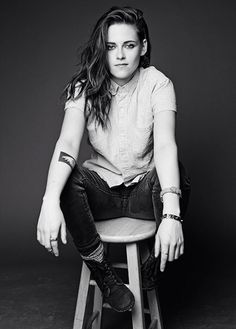 Kristen Stewart manages to look butch with long hair, it can be done!