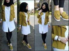 Fashion Arabic Style Illustration Description – Read More – Modest Fashion Hijab, Stylish Hijab, Street Hijab Fashion, Hijab Chic, Hijab Gown, Hijab Style Dress, Casual Hijab Outfit, Hajib Fashion, Fashion Outfits
