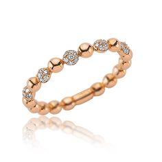 Delicat și fin, inelul din aur roz cu forme rotunde este cadoul perfect pentru o femeie care apreciază eleganța și diamantele. #rosegold #gold #ring #goldjewelery #womenjewelery #diamonds #diamondsring Aur, Beaded Bracelets, Jewelry, Fashion, Moda, Jewlery, Jewerly, Fashion Styles, Pearl Bracelets