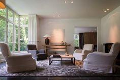 Binnenkijken | Wonen landelijke stijl huis in België. Dit sfeervolle huis in landelijke stijl is ontworpen door Thierry Lejeune,…