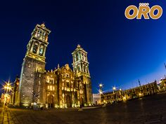 LAS MEJORES RUTAS DE AUTOBUSES. En Autobuses Oro le llevamos a la ciudad de Puebla, capital del estado y uno de los destinos más importantes para la economía y turismo del país en los últimos años, gracias a su historia, tradiciones y arquitectura. Disfrute de trayectos cómodos y seguros, viajando con la mejor línea de autobuses.  #autobusesapuebla