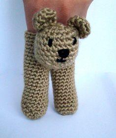 Two Finger Bear Puppet van PureCraft op Etsy