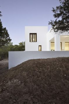 View of the Casa Amalia by the Spannish architect Martinez Maria Castello.